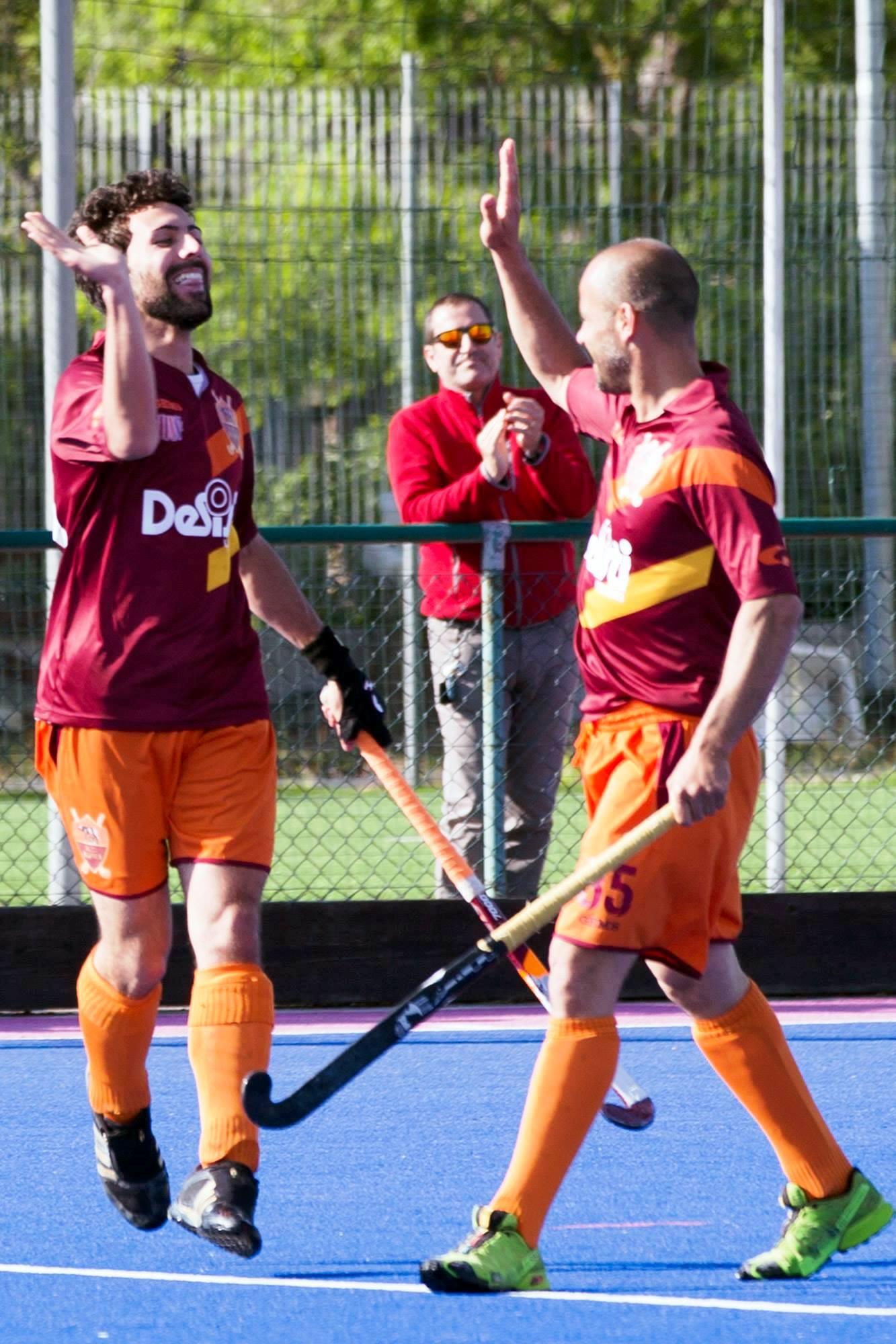 Daniele Notturni A Sin. Festeggia Con Sandrino Leone Il Suo Primo Goal In A1