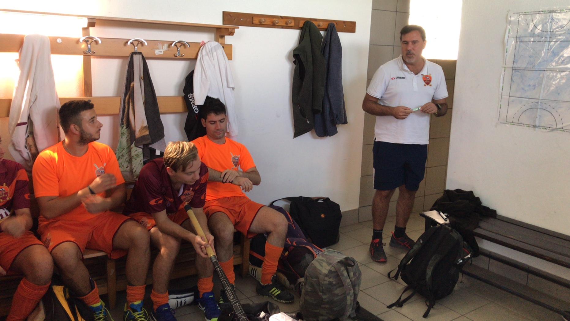 Il Coach Chionna Prima Del Match Con La Ferrini