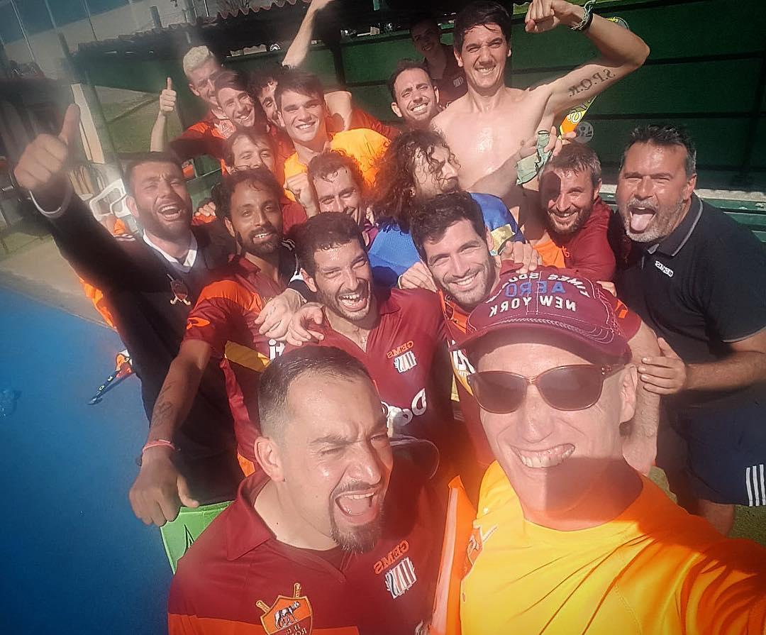 Il Selfie Della Roma Dopo La Salvezza In Casa Della Bonomi Nell'ultima Di Campionato