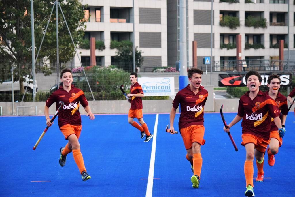 Lesultanza Degli Under 18 Giallorossi Dopo Il Goal Del 3 A 2 Alla Tevere
